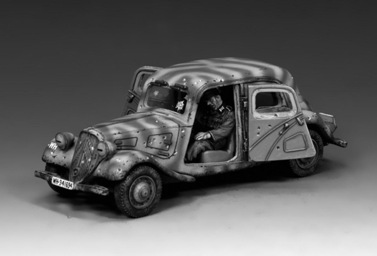 "King & Country's 1/30 scale Citroën Traction Avants is part of the ""Arnhem Ambush"" set (WH044)"
