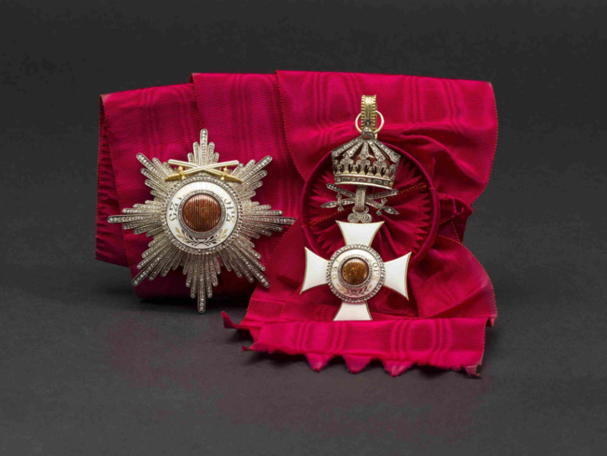 Wilhelm Freiherr von Leonrod – A Grand Cross set of the Bulg. Order of St. Alexander.HP: 34000 Euros