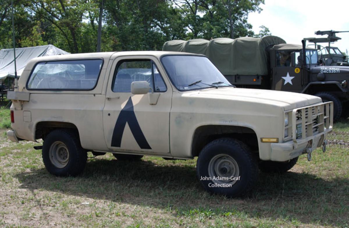 Robert Anderson's M1009 1984 GM Command Radio Vehicle.
