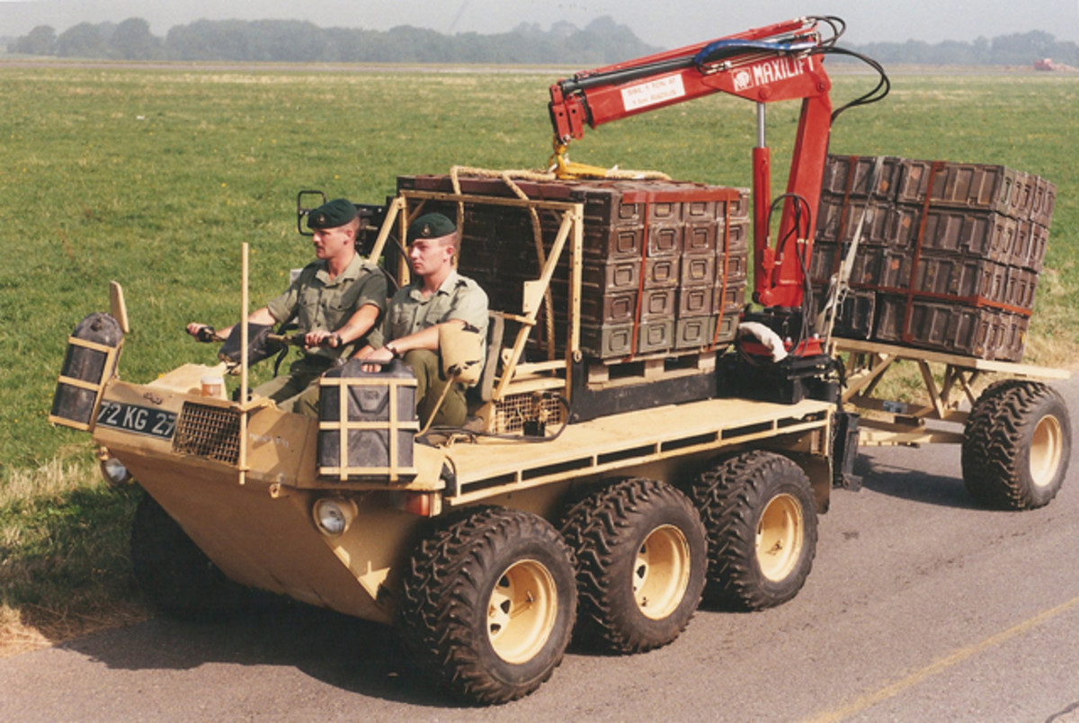 Optional add-ons included a small crane hoist to allow heavy loads of ammunition to be handled. The system could be removed when not required and with it compact size the vehicle did not take up much room making it suitable for delivering cargo loads to confined areas.