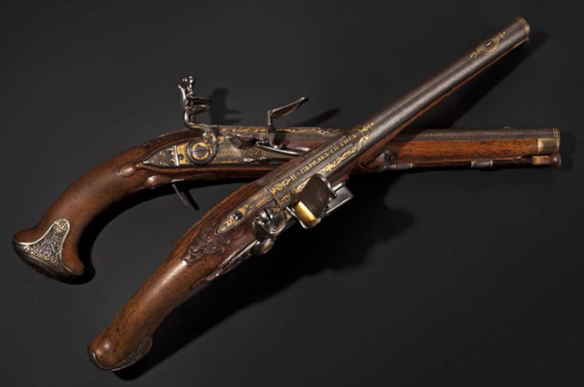 Silver-mounted flintlock pistols, Ivan Permiak, St. Petersburg, 1770. HP: 80000 Euros