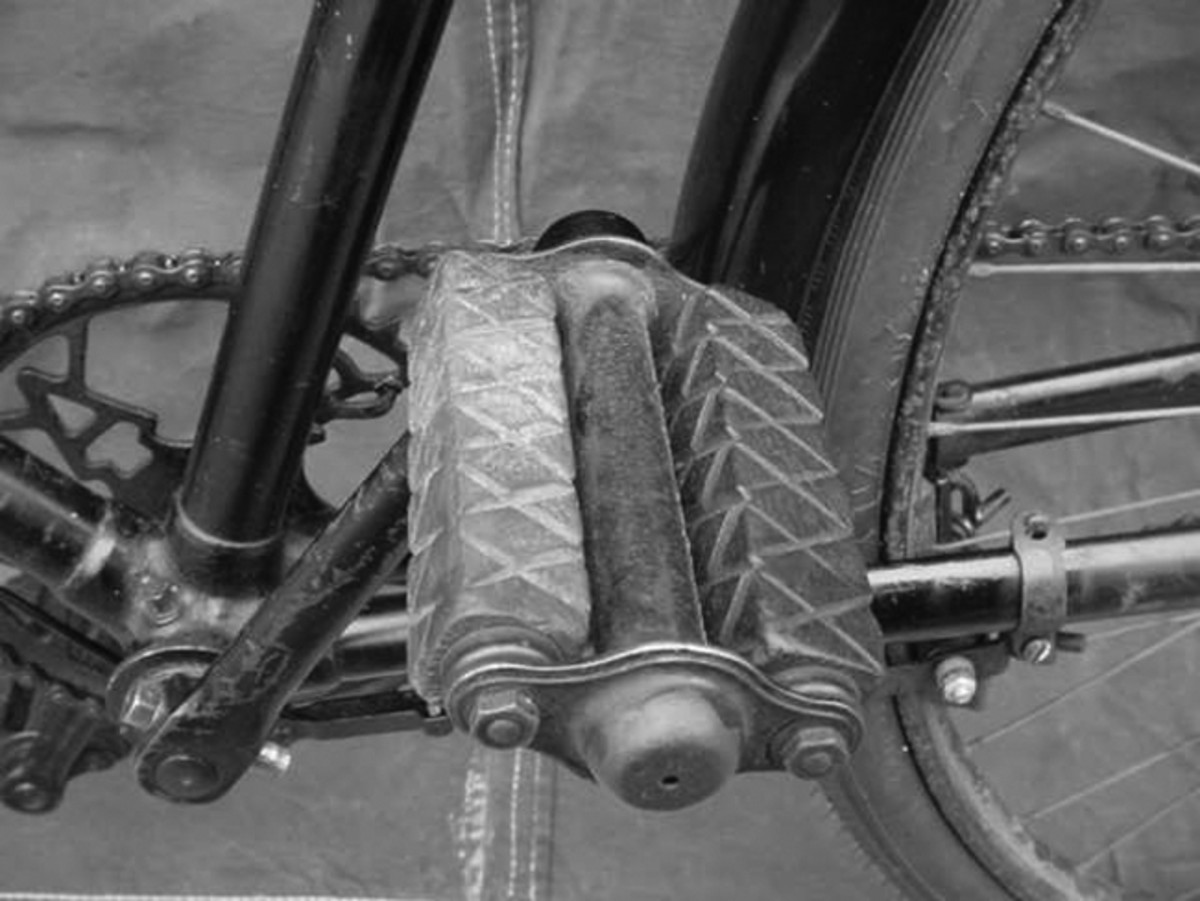 As a result of material substitution due to war-time shortages, many bikes were fitted with wooden foot peddles.