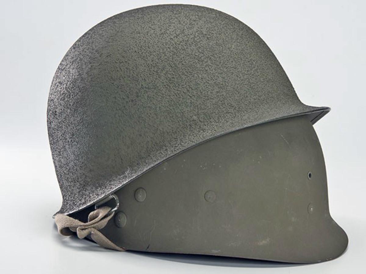 US-Paratrooper-Helmet
