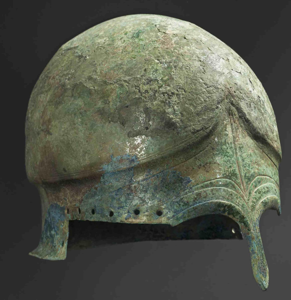 Chalcidian helmet, probably adapted by nomadic horsemen, 5th half BC.