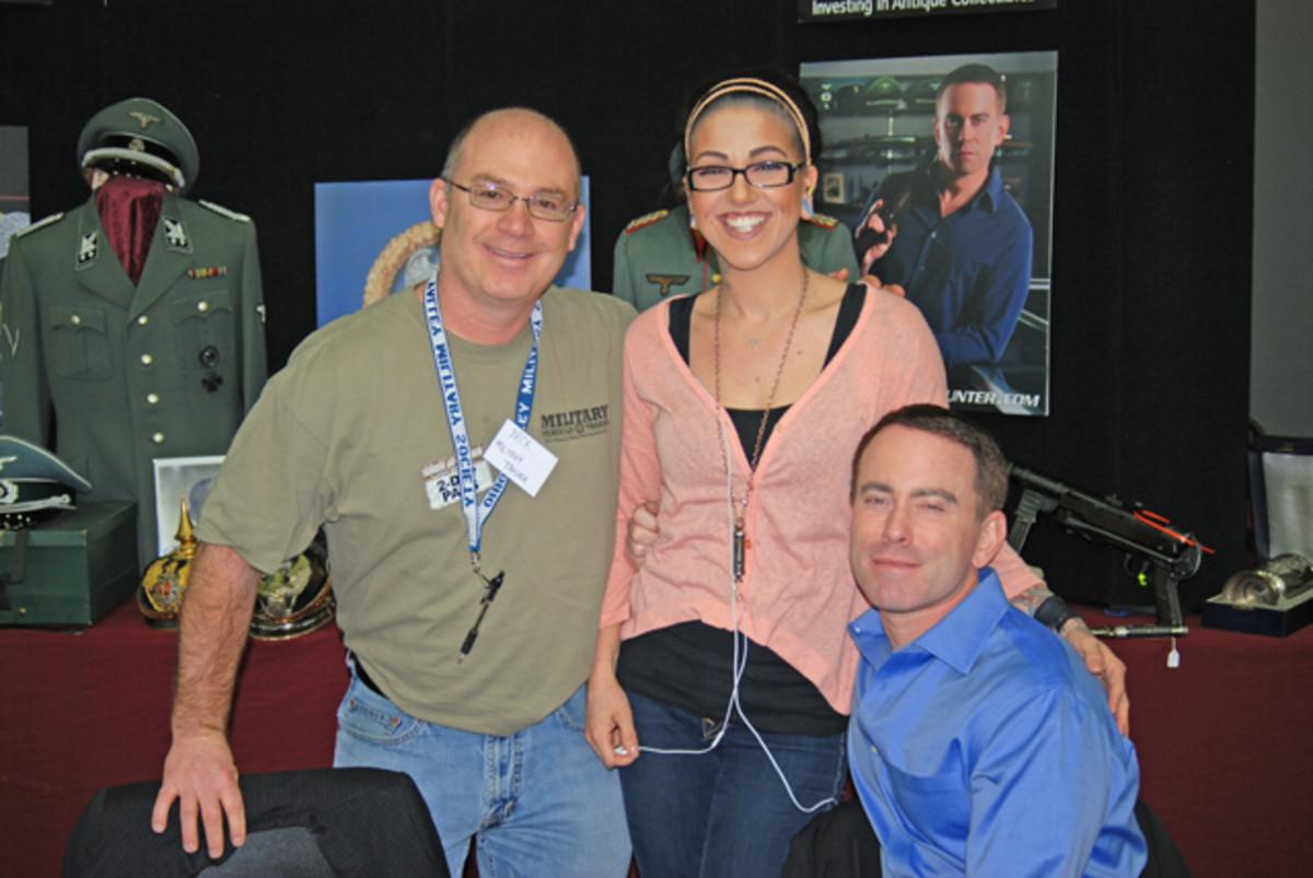 Our advertising man-on-point, Nick Ockwig, sure has a knack of finding himself in the best of situations. Here, he was able to convince Pawn Stars' Olivia Black and Craig Gottlieb to break away from autographs and appraisals to pose with him.
