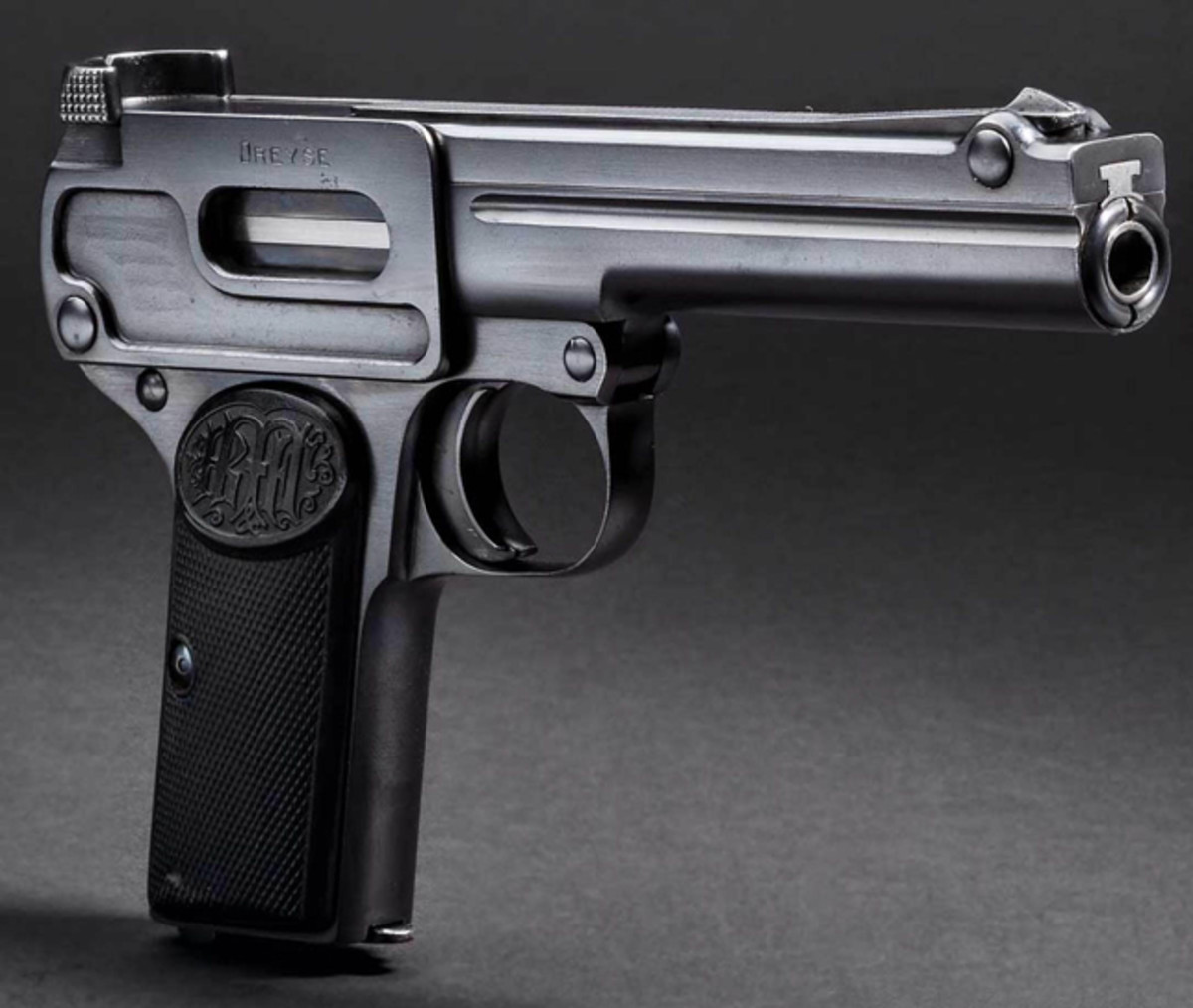 A rare collector's item in new condition, Dreyse Mod. 1910 in Cal. 9 mm.