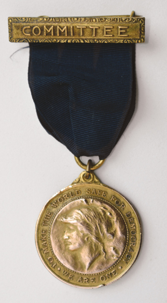 The obverse of all Allied War Commission medals used the bust of Lady Liberty or Columbia, the figural representation of America.