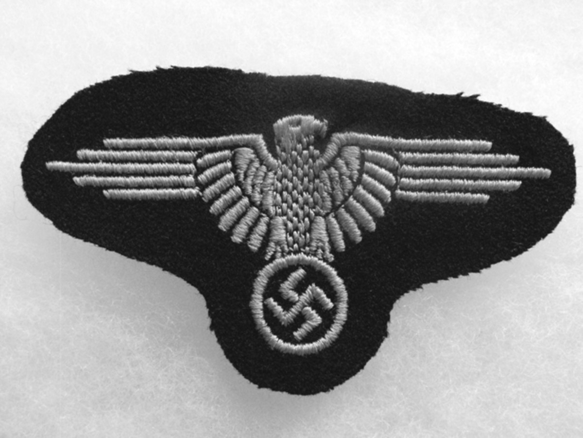 The distinctive SS eagle was worn on the upper sleeve of the gray tunic. Mark Pulaski collection