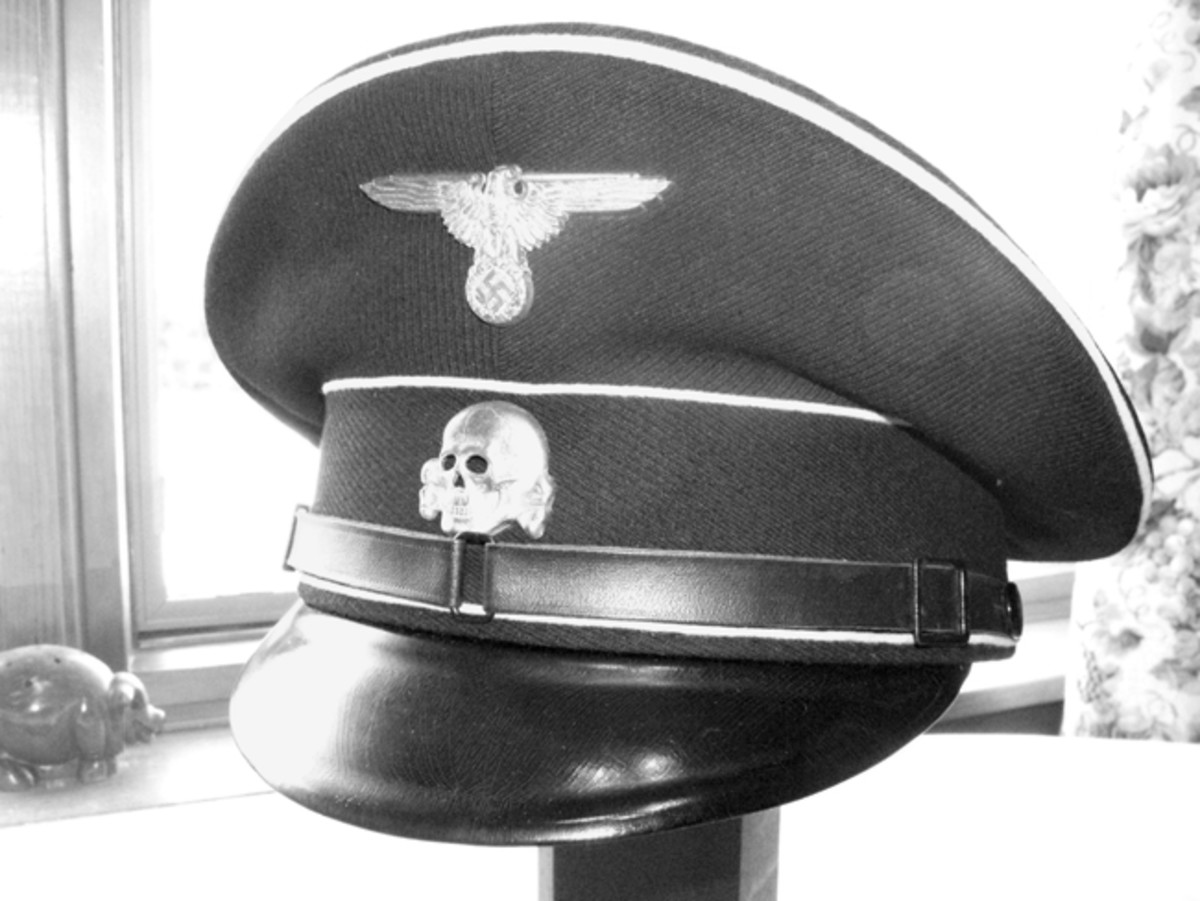 The SS visor cap featured an ominous silver skull against a black background. Mark Pulaski collection
