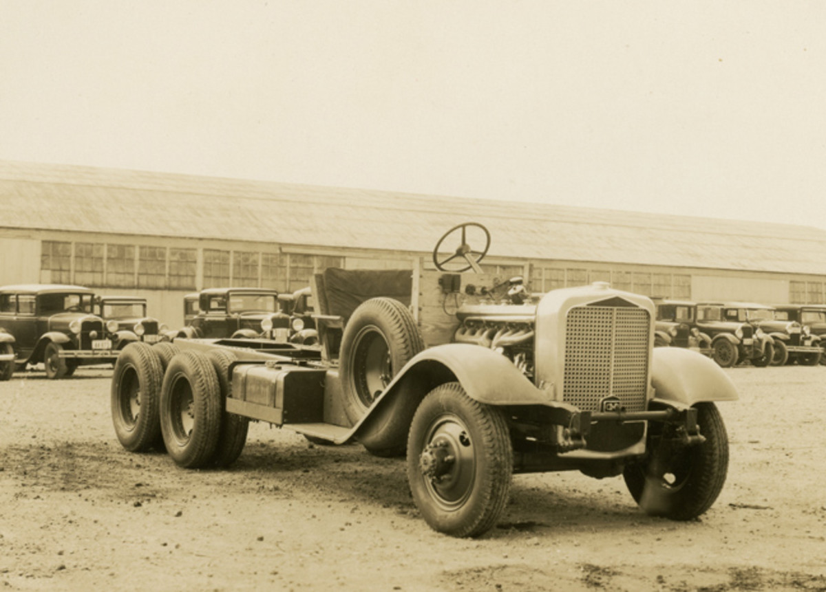 The Standard Fleet included two vehicles in the 2-1/2-ton range, one of which was built on this Deusenberg-powered chassis (no. W3228)