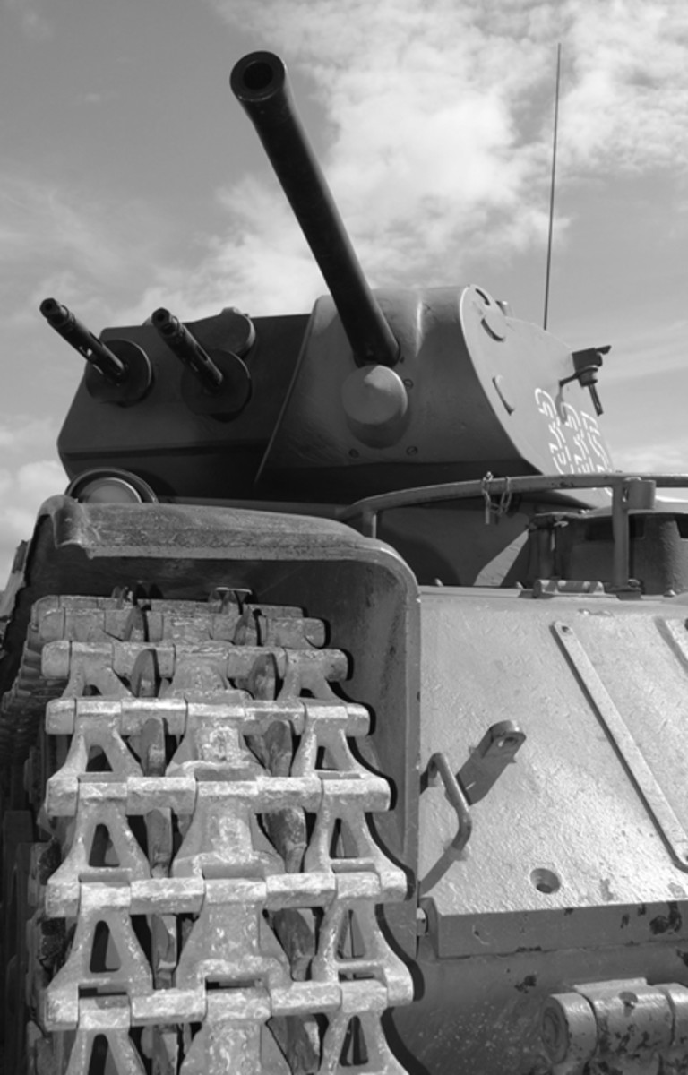 The M/40L showing the angle of the glacis plate and the low silhouette of the turret.