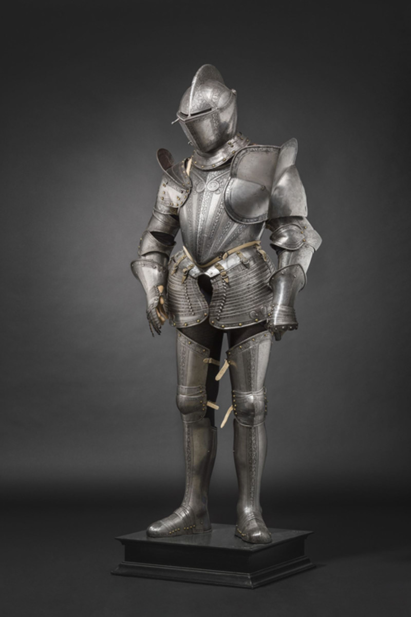 circa 1580. HP: 8000 EurosAn excellent Milanese etched armour for the field, Italy, circa 1570/80.