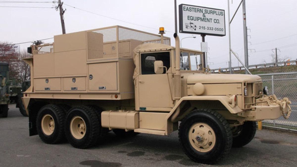 Eastern-Custom-service-truck