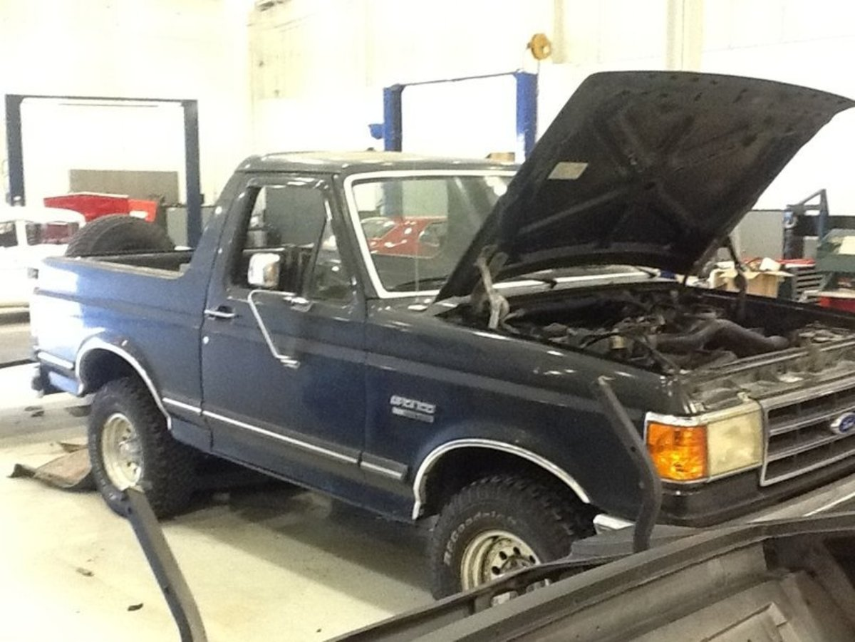1769_1991-Ford-Bronco_241894_low_res_low_res