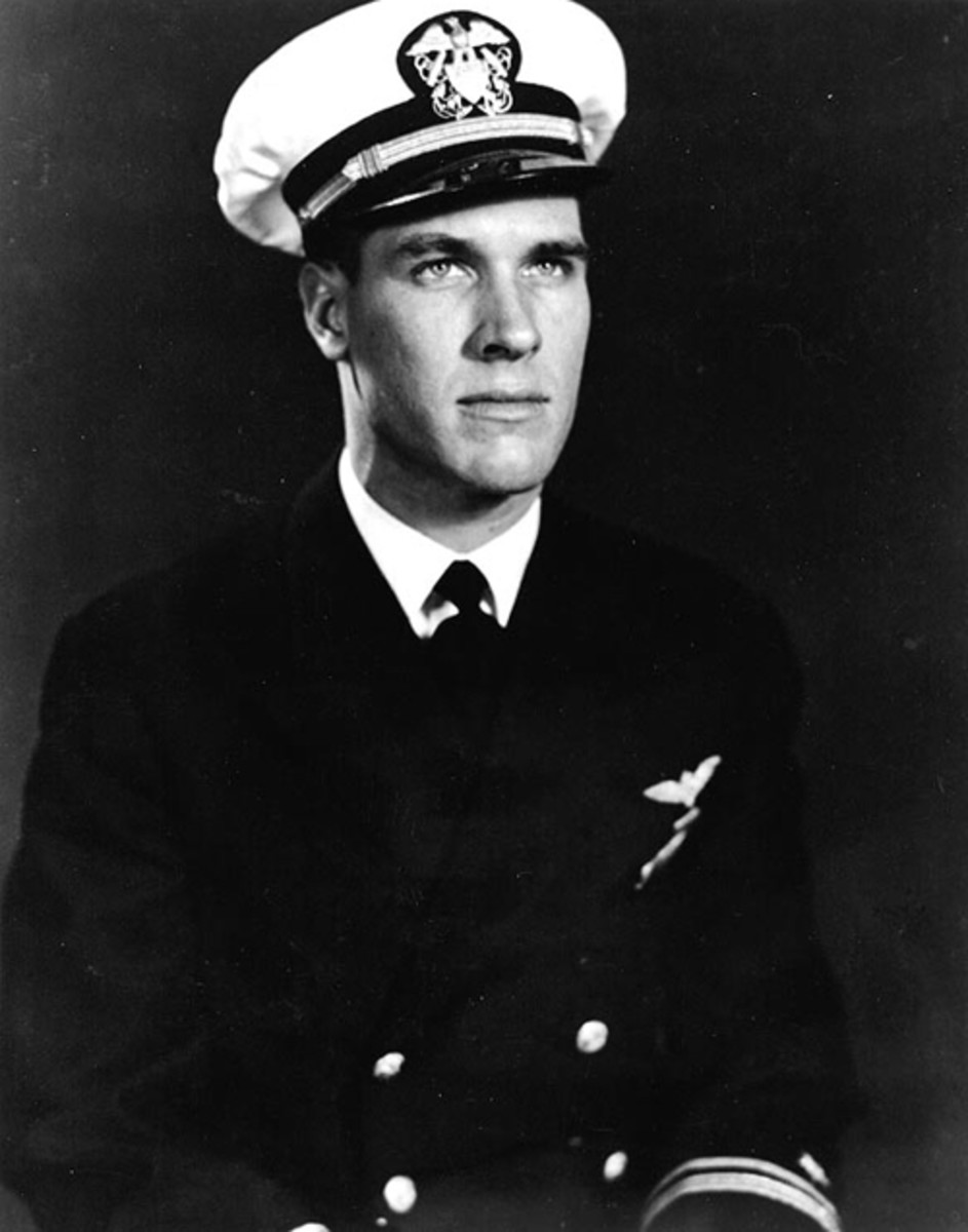 Lieutenant (Junior Grade)Thomas J. Hudner, Jr.,USN. He was awarded theMedal of Honorfor heroically attempting to rescue EnsignJesse L. Brown, who had been shot down by enemy fire near theChosin Reservoir,North Korea, on 4 December 1950.