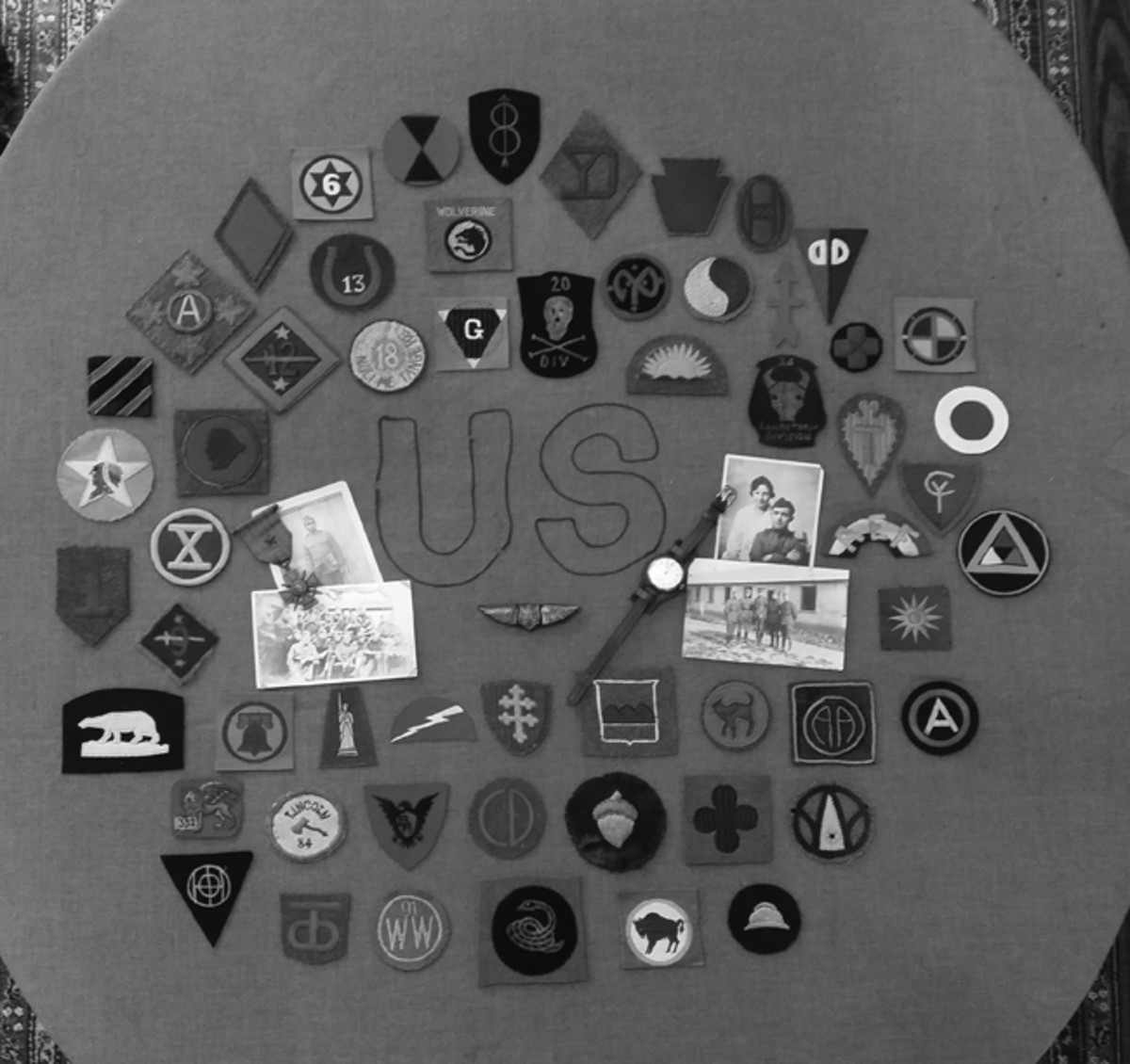 An avid collector of WWI unit insignia, Robert is a frequent show attendee and is always searching for rare and obscure patches.