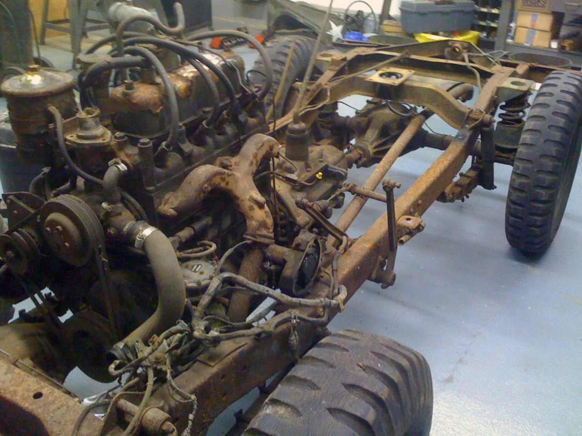 Once in the shop, Angelo removed the tub and began work on the frame and engine. The 4-cylinder engine received new pistons, rings and bearings.