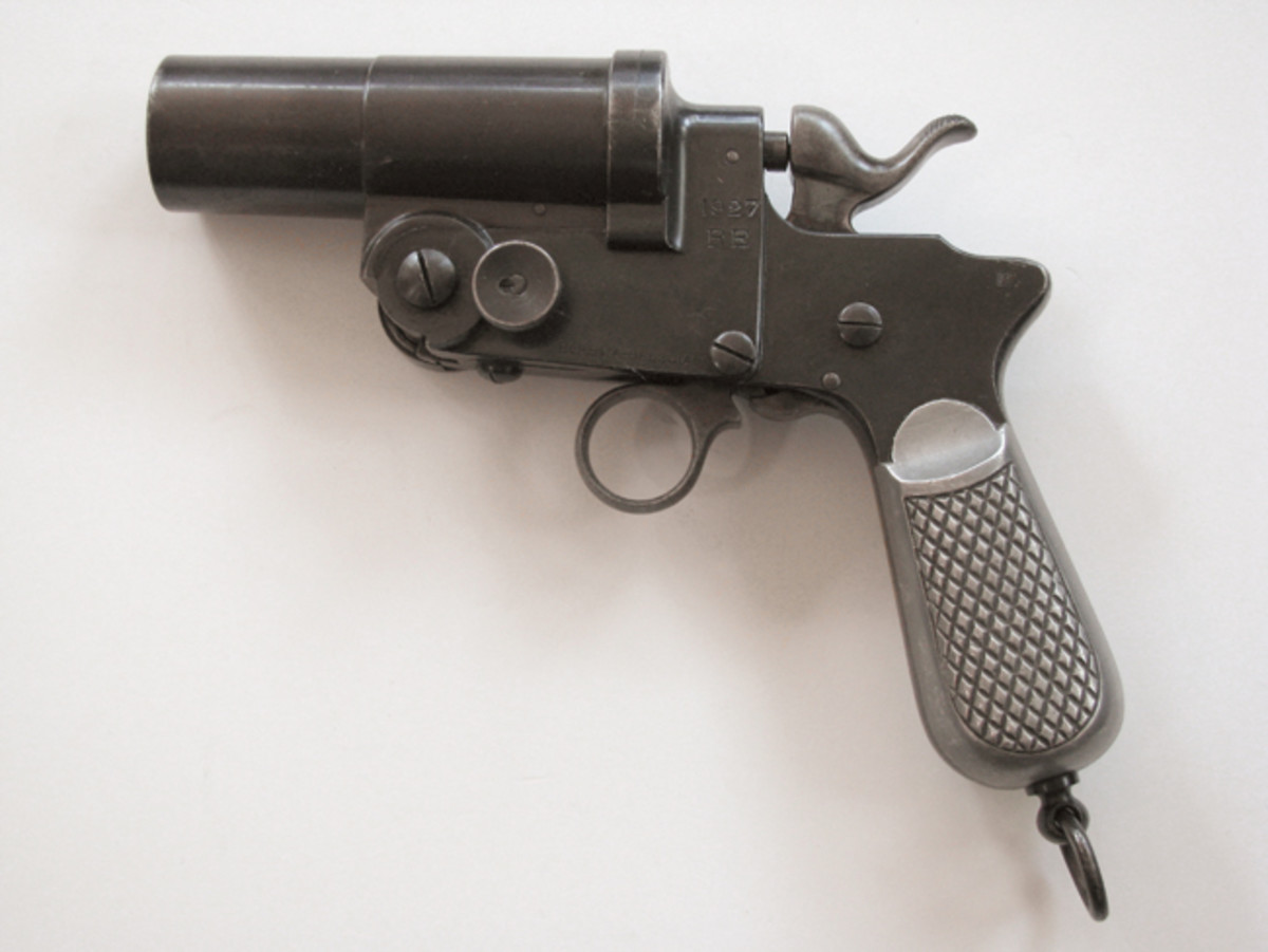The Italian Modello 1900 was well-machined and sturdily built but overly complicated in its design.
