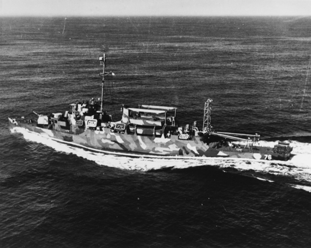 USS Schmitt underway in the Atlantic on April 9, 1945. (U.S. Navy Photo/Released)