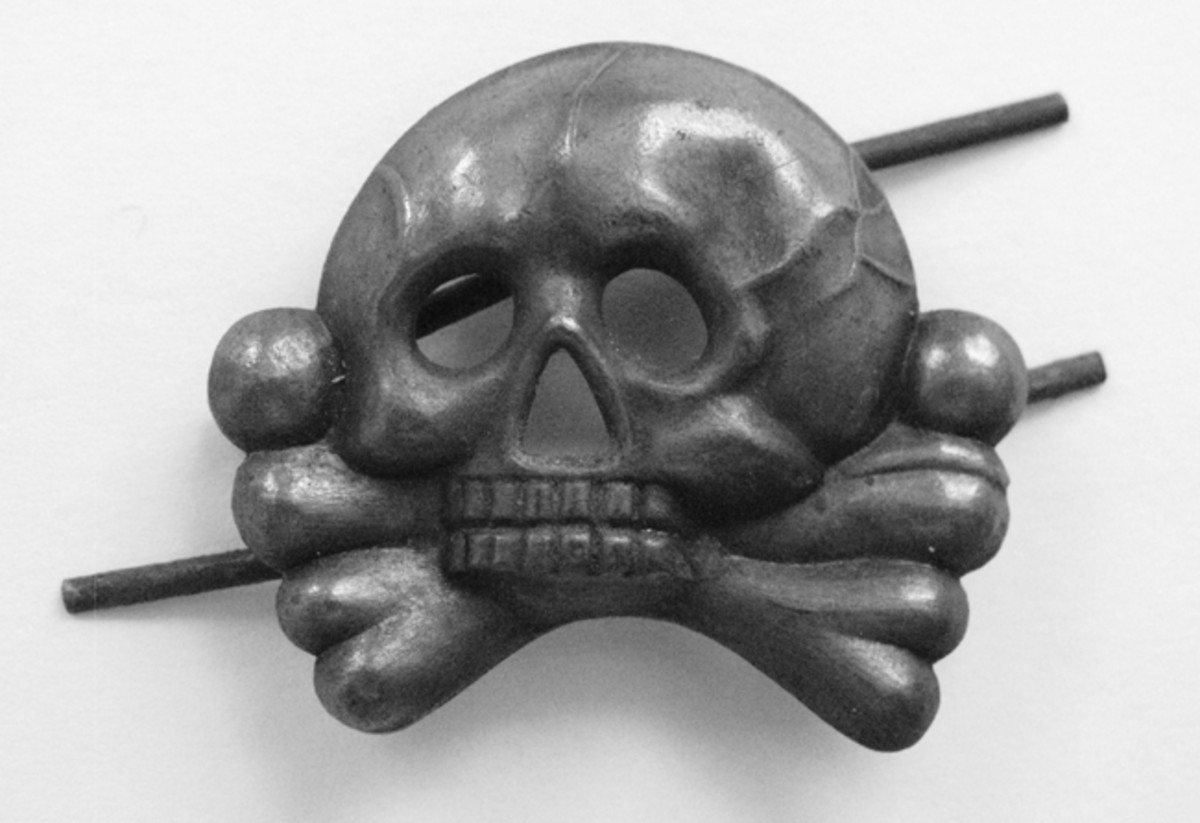 Traditional death's head badges were worn by various units in The Great War.