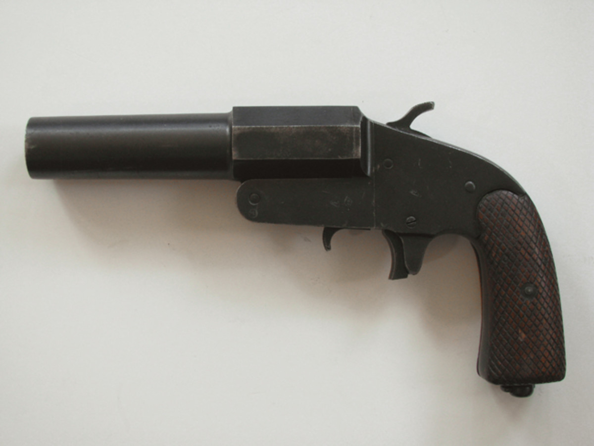 The Russian model 30 shows the basic simplicity shared with most Russian weapons.