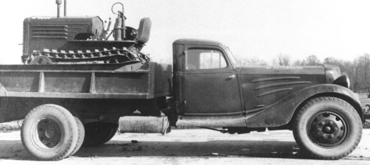 The Corbitt Company of Henderson, North Carolina, used sheet metal stamped from Auburn dies for the radiator, hood, and cab of Model 1146, 1148, 1348, 1148T, and 1348T Corbitt trucks. This photograph of a military dump-bodied Corbitt (registration no. W-4108[?]5) carrying a T-8 Light Tractor was taken in 1940 at Aberdeen, Marlyand. US Army