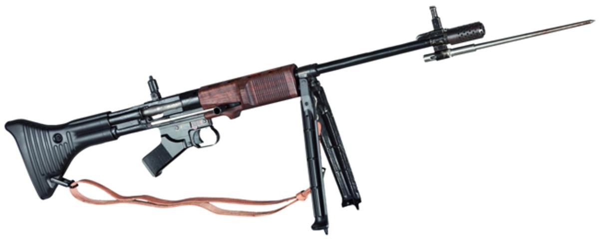 An original Fallschirmjägergewehr (paratrooper rifle) 42, 1st model (FG 42/1, deactivated.