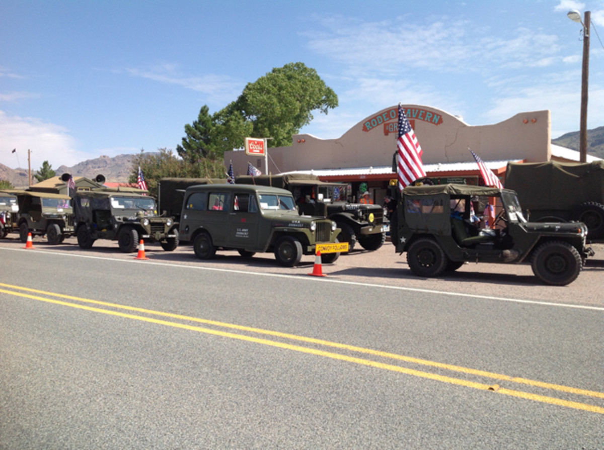 Lined up at Rodeo New Mexico for lunch.