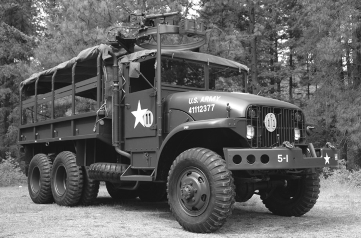 "Restored XM 211 with winch and ring mount. Most people familiar with the M211 and G-749 family know that there were many ""XM"" versions. ""X"" generally stands for Experimental when it comes to U.S. Military vehicles—and it seems the G-749 family had quite a few experimental models and variants!"