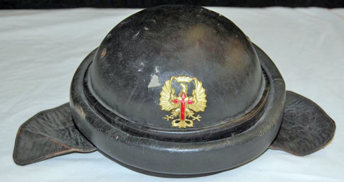 Spanish WWII motorcycle helmet hat sold for $120.
