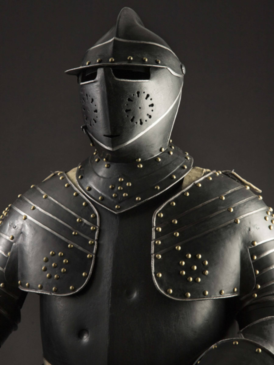 German cuirassier's armor for an officer, circa 1620/30. SP: 30000 Euros