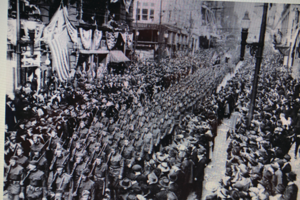 After the signing of the Armistice, hundreds of Pittsburgh's sons and daughters returned home to be greeted with parades and celebrations. It has confounded collectors for years, however, that only a handful of WWI Pittsburgh Homecoming Medals could be found. Finally, an explanation has been discovered.