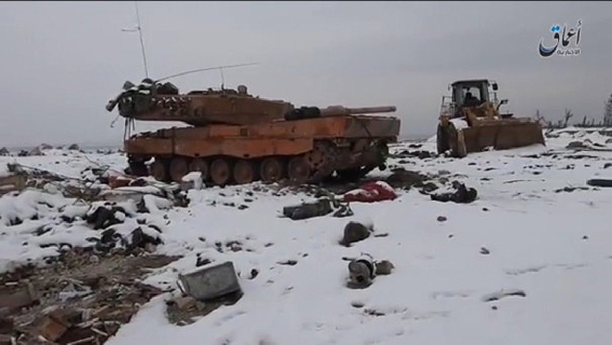 This is one of several photos circulating that show Turkish Leopard IIs destroyed in action in Syria.