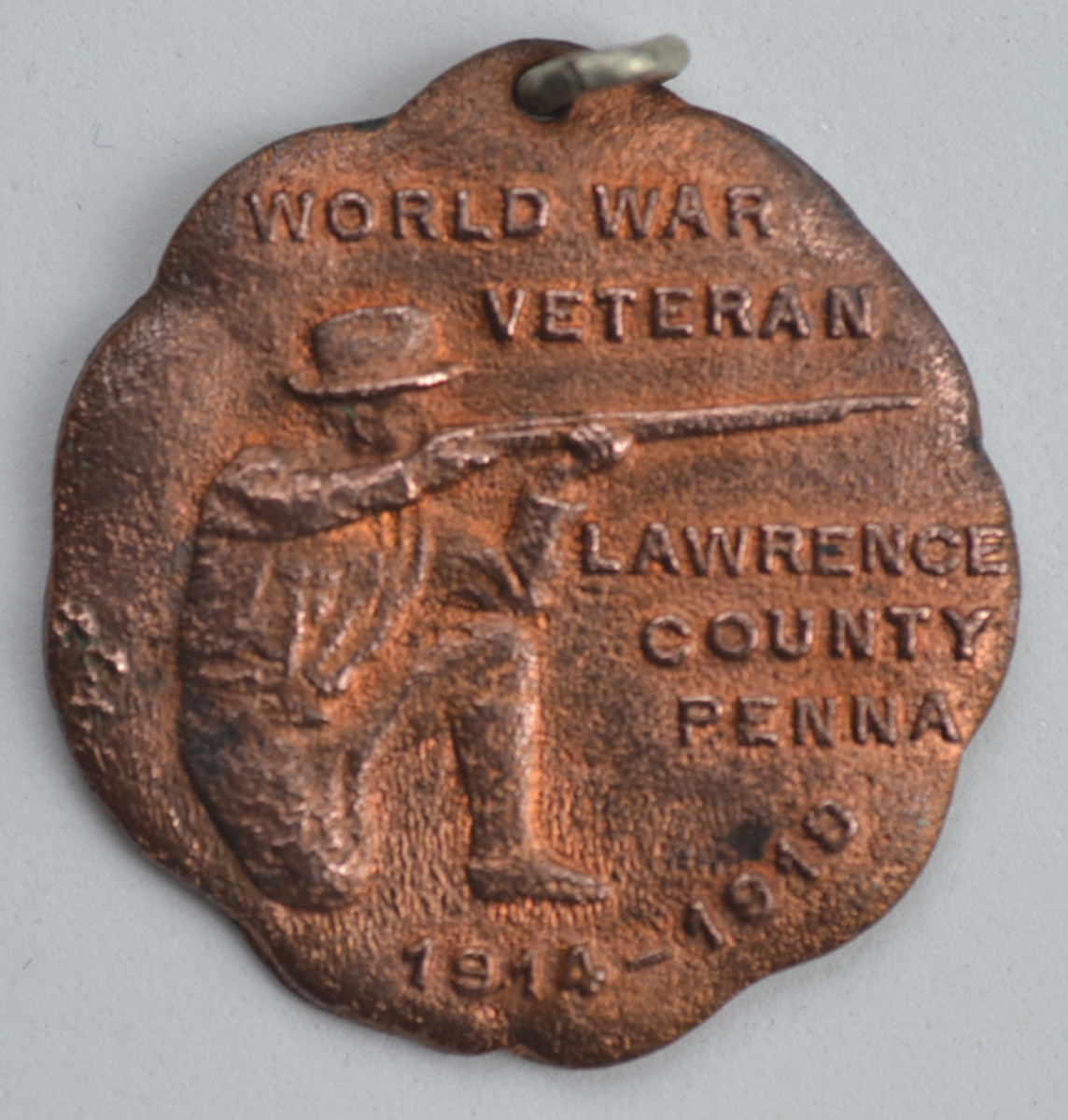 Heeren Brothers second WWI medal design was adopted and issued by the New Castle Herald to veterans of Lawrence County, Pennsylvania.