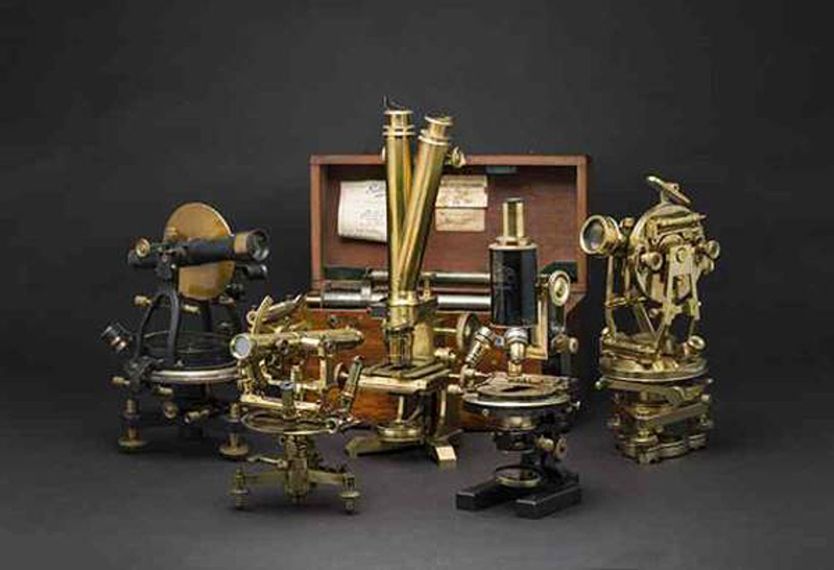 """Measuring the World"": exceptional measuring instruments and devices from the 19th century in the Autumn Auction at Hermann Historica."