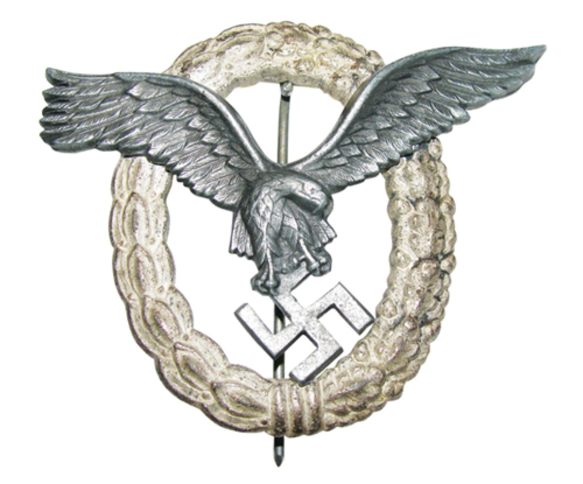 The beautiful contrast between silver wreath and burnished eagle is seen in a pilot's badge.