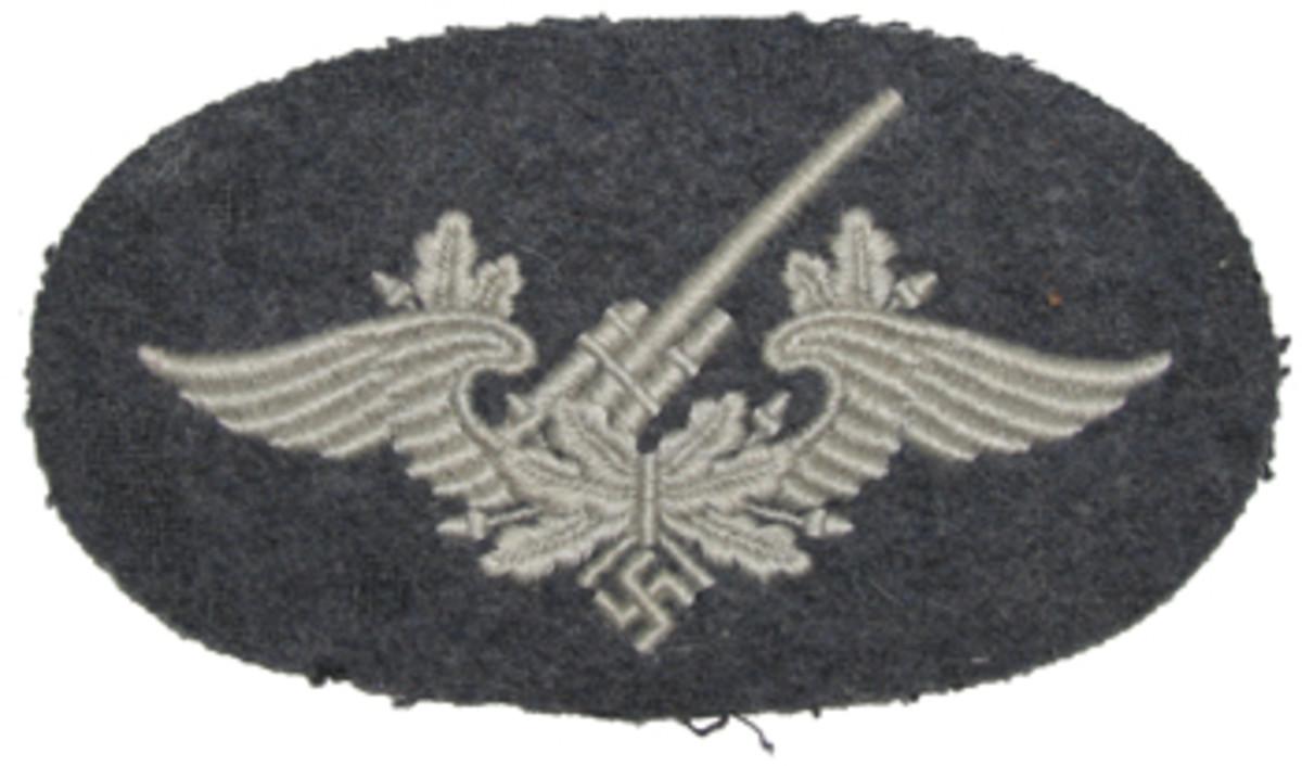 """""""Flakartilleriepersonal"""" Flak artillery personnel 2nd pattern patch awarded after 9 months service."""