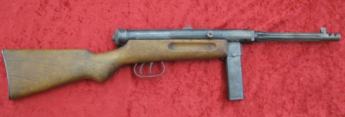 Beretta Model 38/42 9mm Submachine gun $13,200