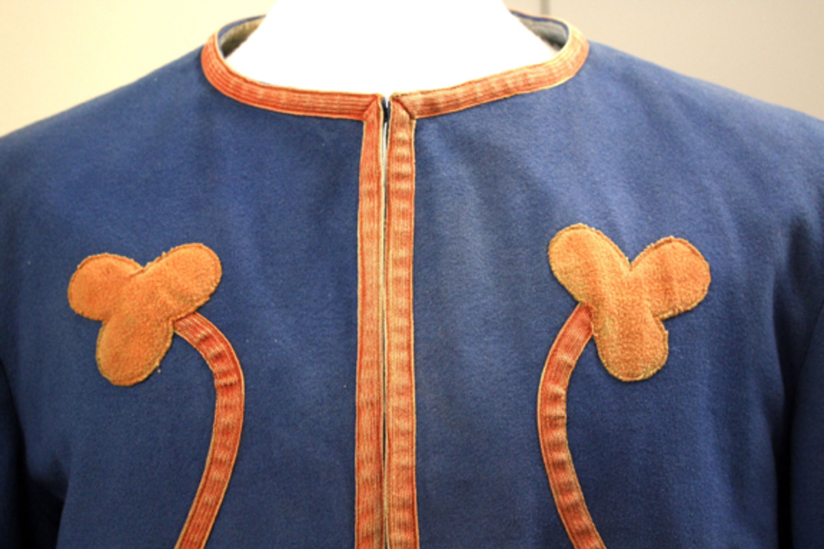 French colonial zouave infantry uniform.
