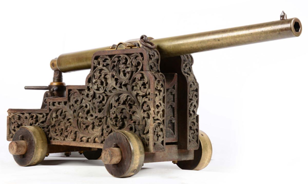 Experimental Whitworth Cannon on Ornate Carriage