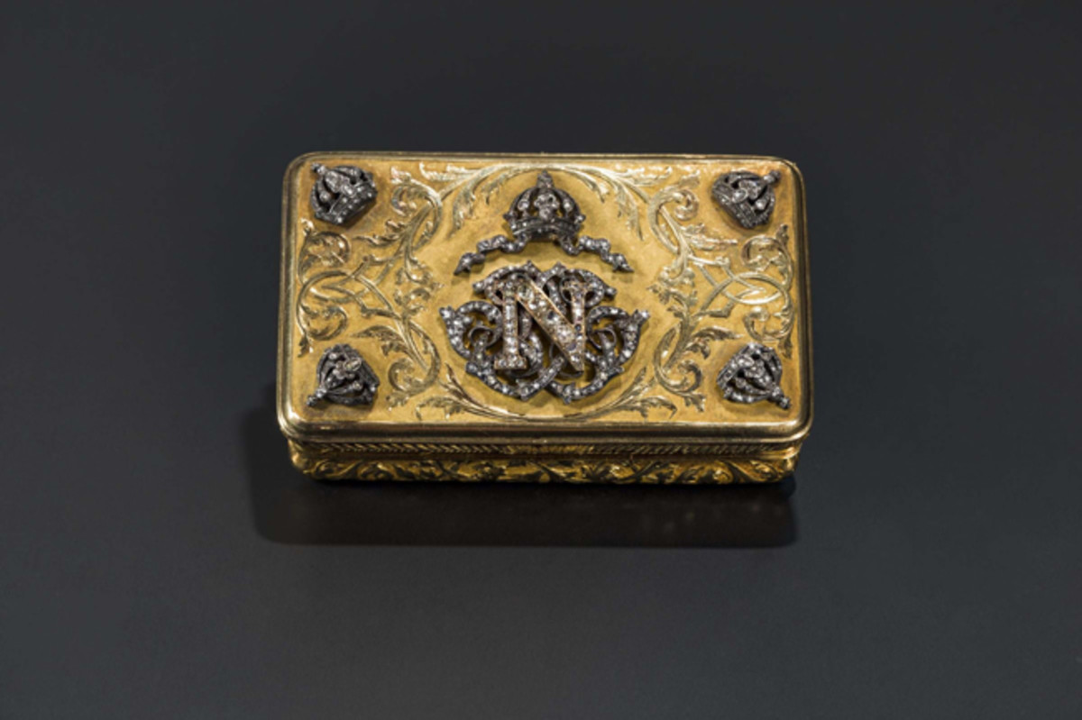 Maximilian I of Mexico (1832 - 1867) presentation snuffbox in gold.
