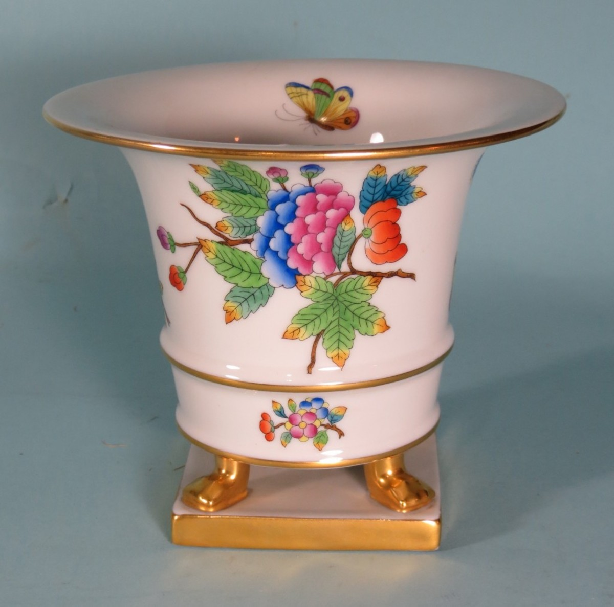 Historic Herend porcelain vase presented to Adolf Hitler in 1937 by Admiral Miklos Horthy, Regent of Hungary