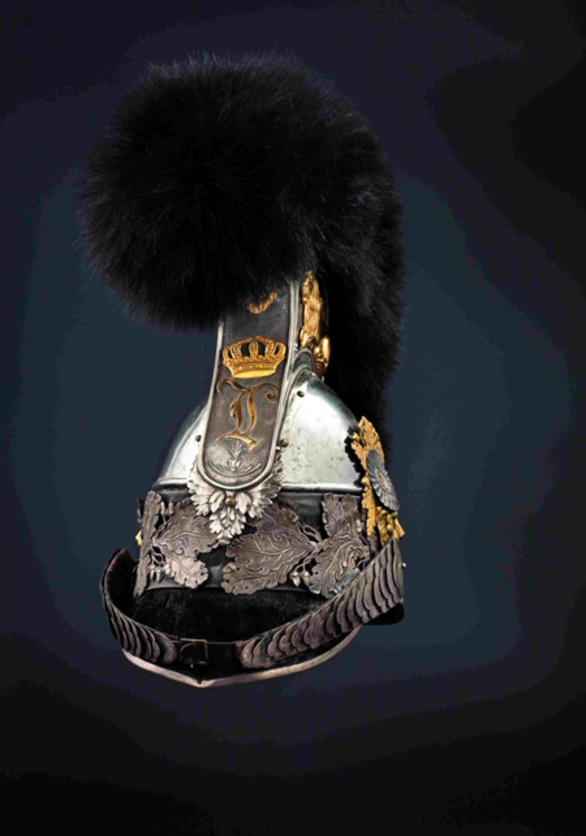 M 1832 helmet for officers Bavarian Cuirassiers with gilt lion and bearskin crest.
