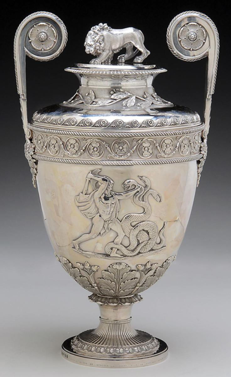 Lloyd's Patriotic Fund £100 presentation two-handled sterling vase