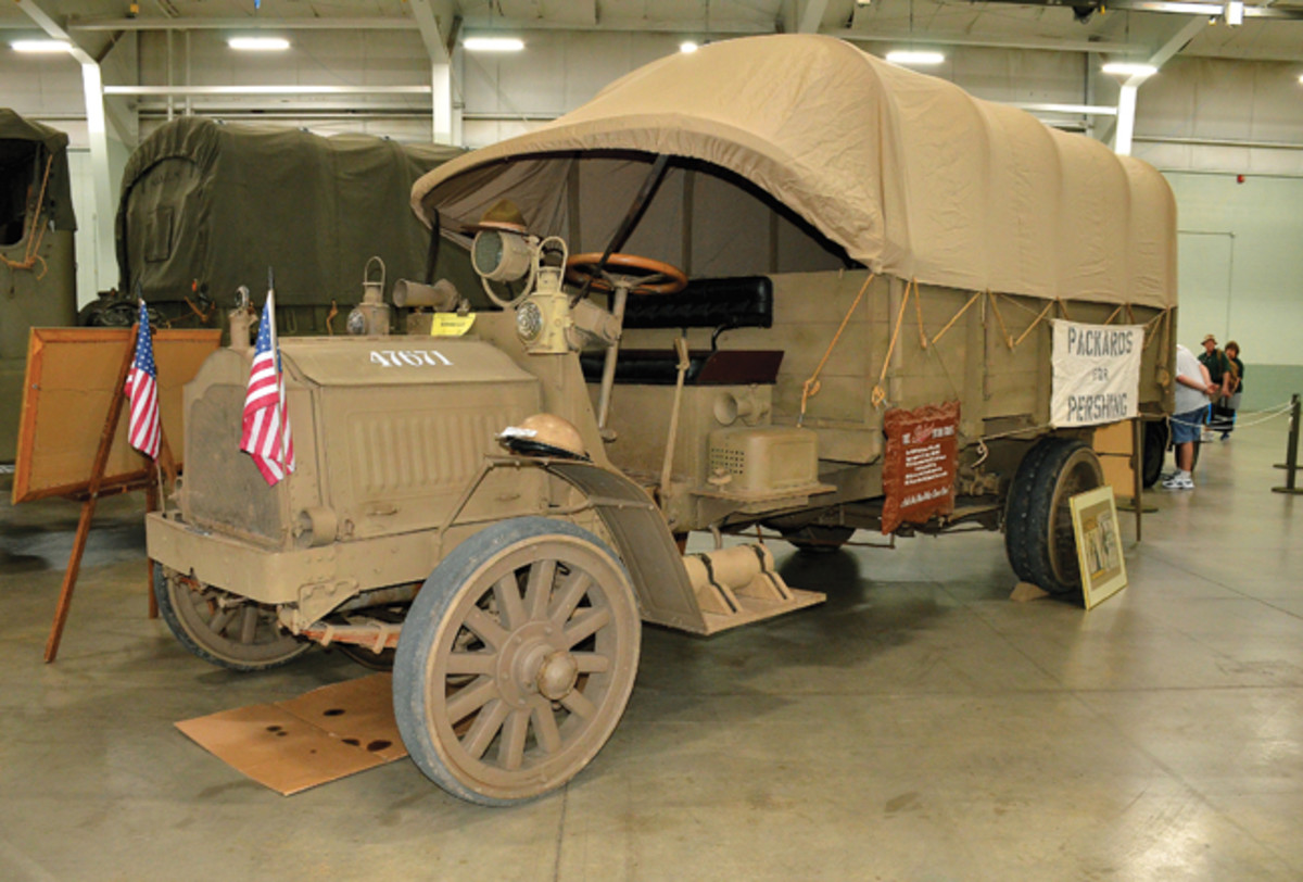 Restored Class Silver Award - David Lockard's 1918 Packard E (also, Best Vehicle Display).