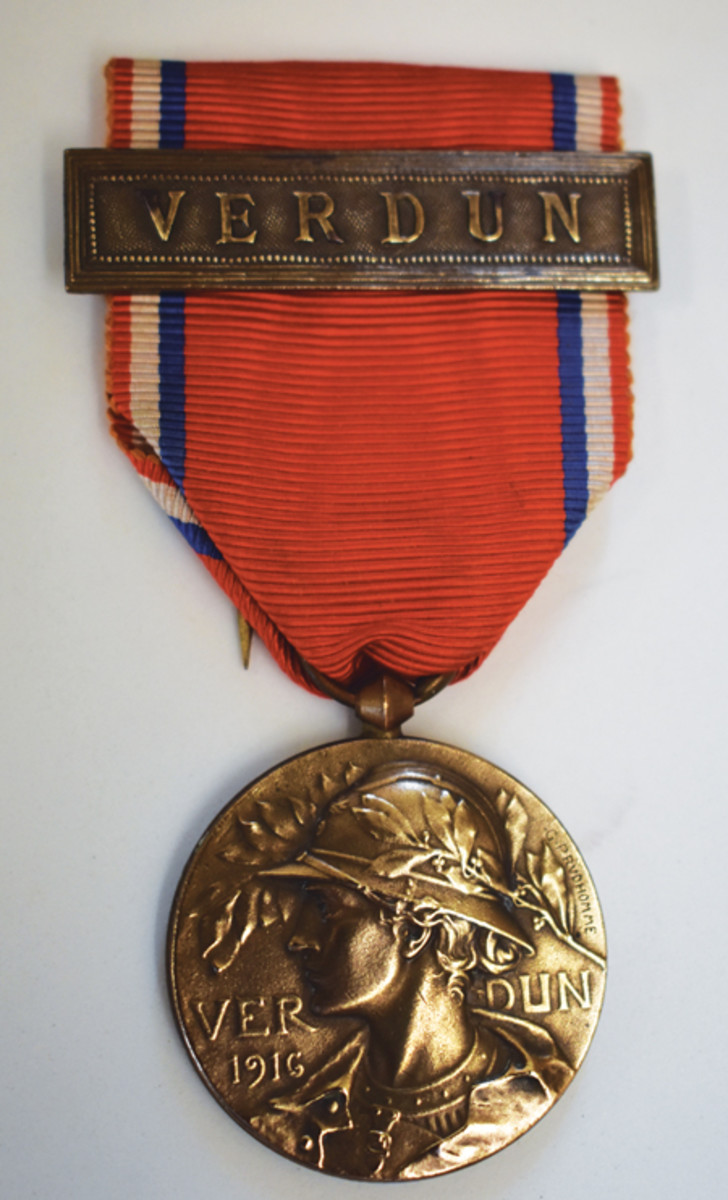 A second Verdun Medal designed by G. Prudhomme helped meet the demand for commemorative medals.