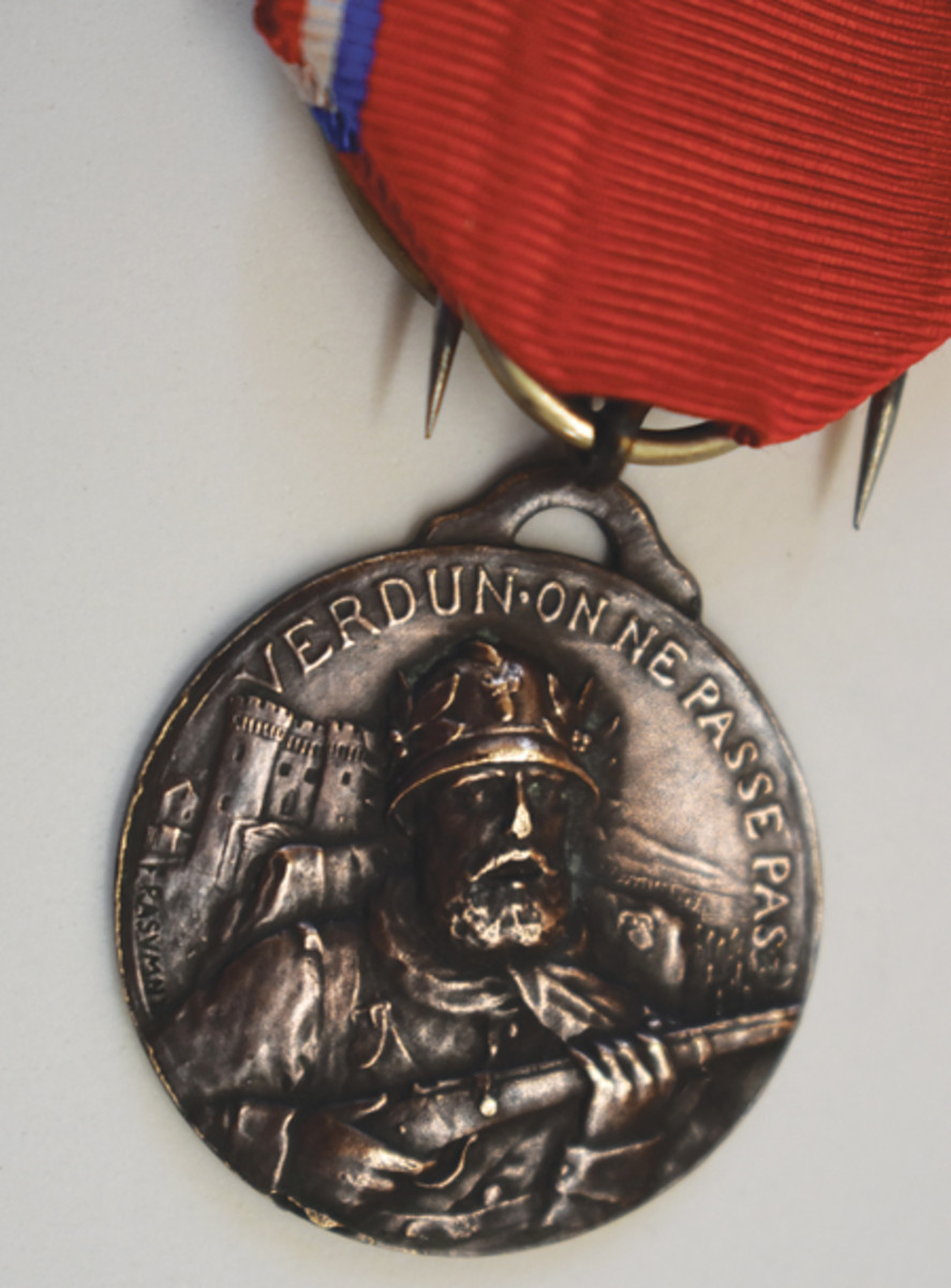 The Rasumny version is one of the rarest Verdun medals. With close inspection, the F. Rasumny mark is visible at the lower left of the obverse.