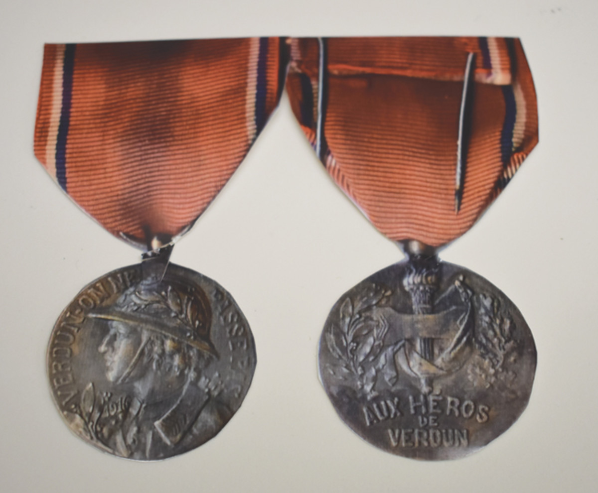 The harder-to-find Rene version is quite similar to other Verdun medals.
