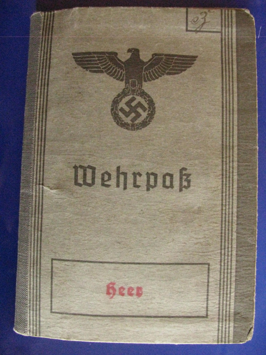 The second version Wehrpass cover had an eagle with outstretched wings.