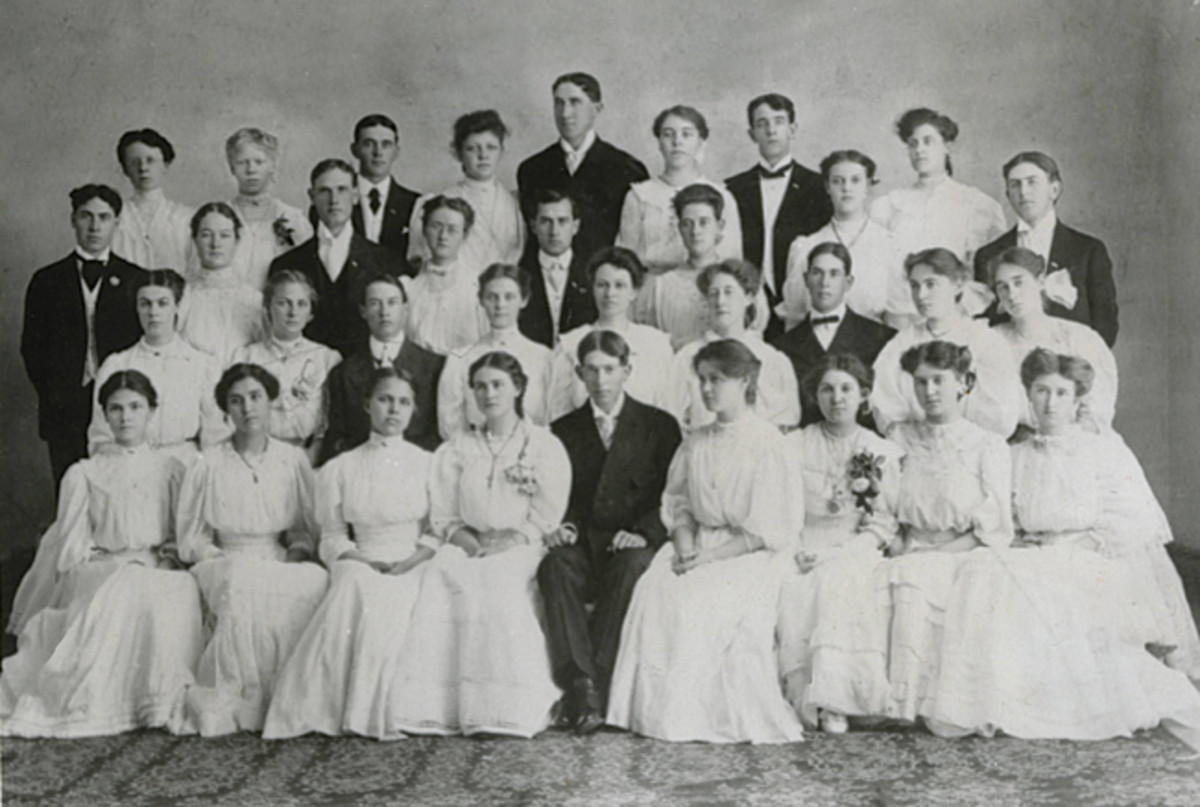 A clear standout, Obie is located in the center of the rear row in this 1906 graduation photo.
